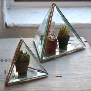 Other - 4 inch beveled glass triangle terrarium box